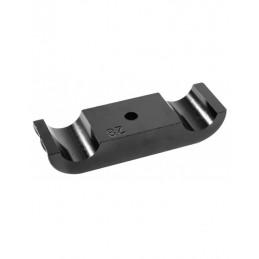 Engine mount clamp sm magn. 28
